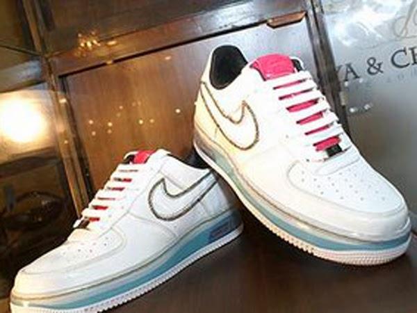 Merk Sepatu Termahal di Indonesia Sepatu Nike Termahal di Dunia