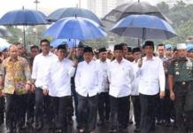 Payung Biru Jokowi Aksi Super Damai 212