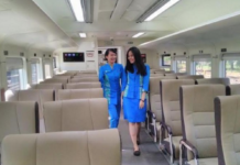 Kereta Api Rasa Eklusive Surabaya