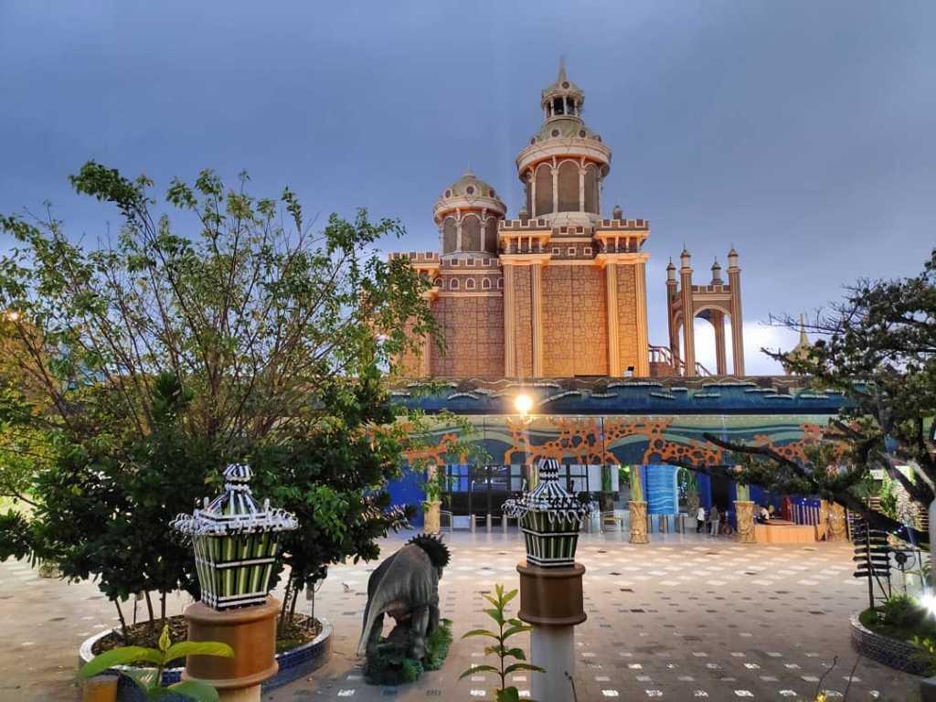 Tempat Wisata Di Surabaya Atlantis Land Kenjeran