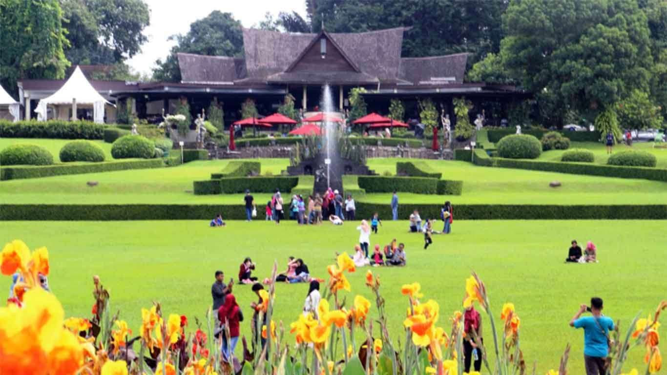 Tempat Kekinian di Bogor Kebun Raya